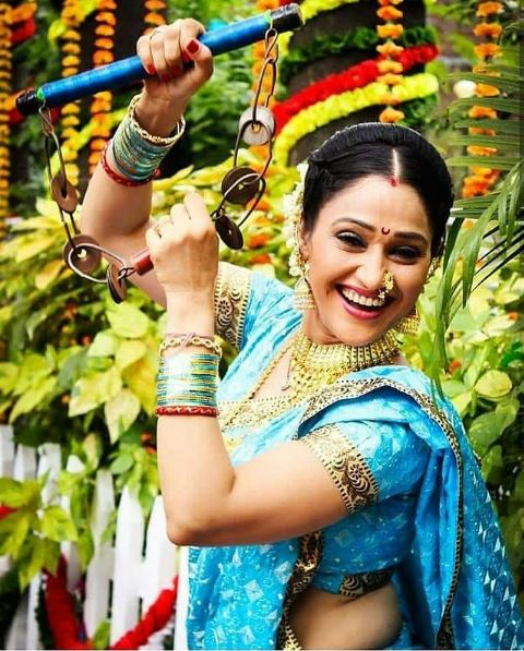 Stuti Padia (Disha Vakani) Phone Number, Whatsapp Number, Mobile Number, Office Address, Email Id